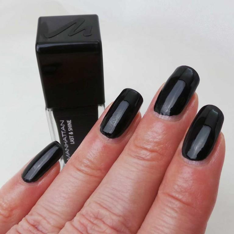 Black-is-black-950-yustsome-1