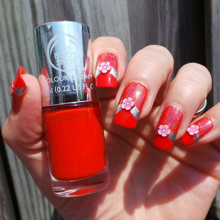 The-Body-Shop-130-red-my-mind-nagellak-yustsome-swatchedit-5