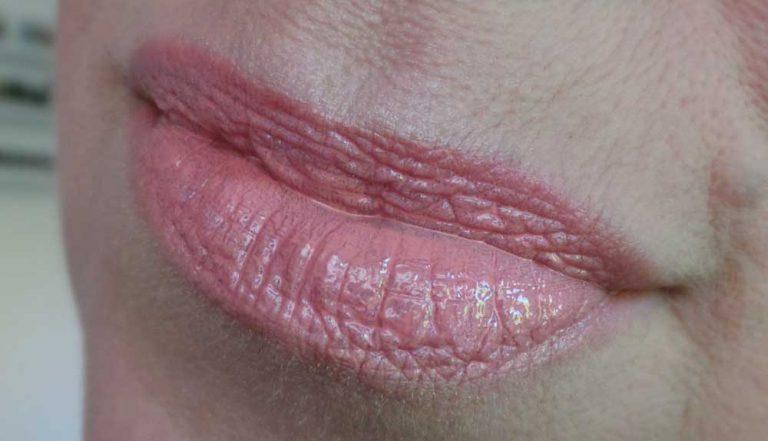 ArtDeco-nagellak-nailpolish-677-art-couture-nail-laquer-review-swatch-yustsome-lips1