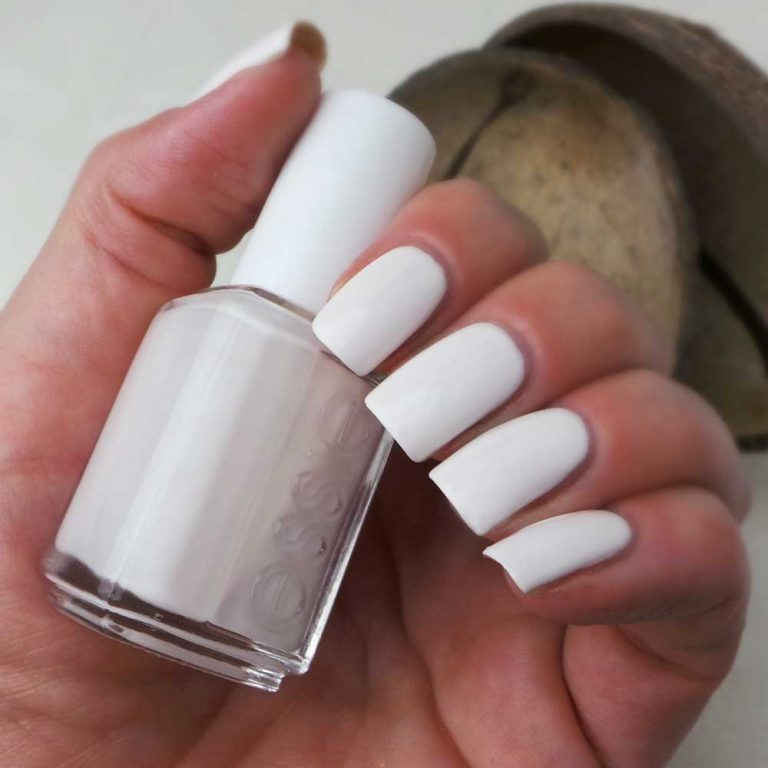 coconut-cove-420-essie-nailpolish-swatched-it-yustsome-review-1