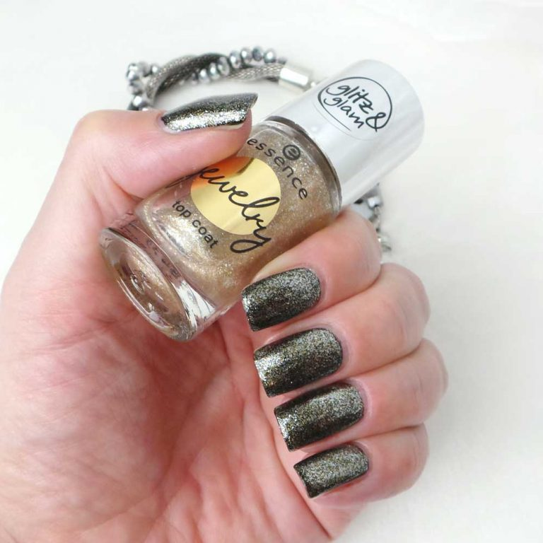 glitz-glam-jewelry-topcoat-essence-yustsome-33-where-is-my-crowns-swatched-1