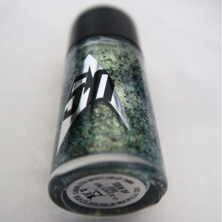 mac-cosmetics-star-trek-le-skin-of-evil-swatch-nailpolish-yustsome-3