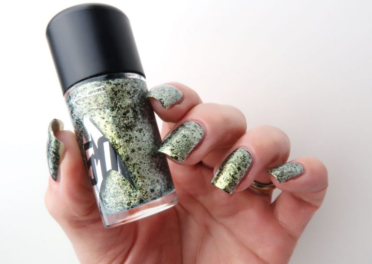 mac-cosmetics-star-trek-le-skin-of-evil-swatch-nailpolish-yustsome-5