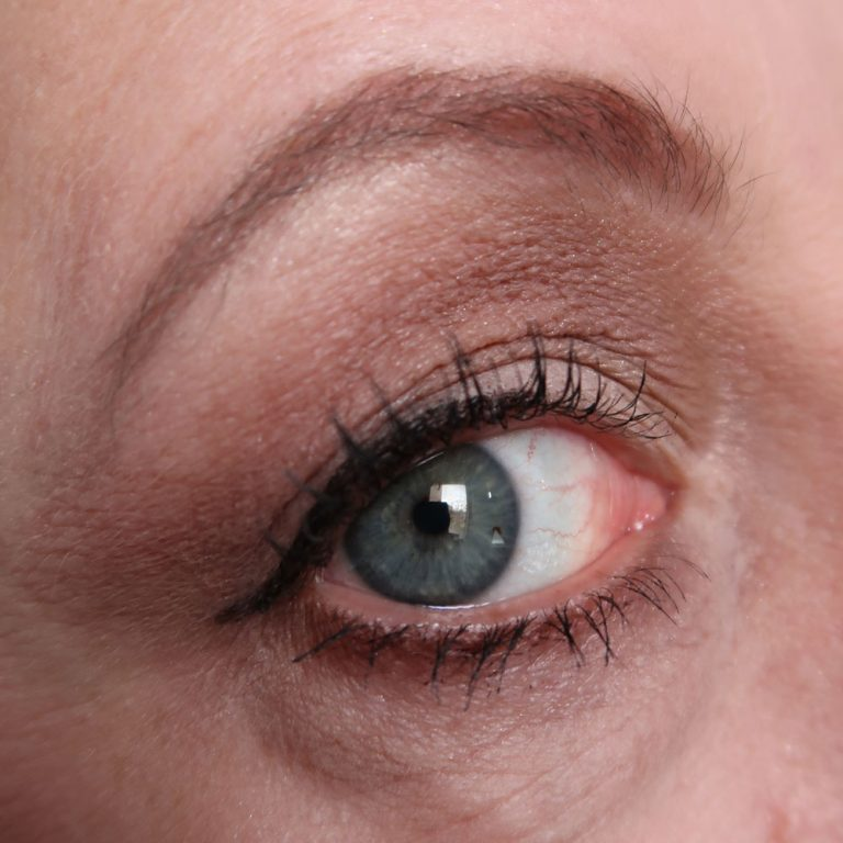 ilm-palette-unicorn-highlighter-blushing-eyeshadow-chocolat-yustsome-chocolade-i-heart-makeup-3
