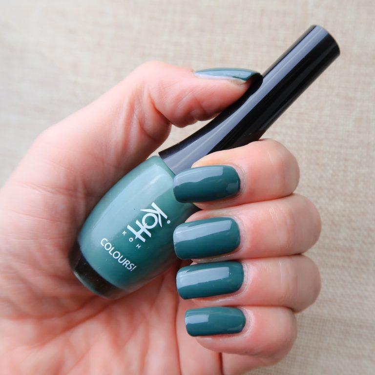 Koh nailpolish woodstock green