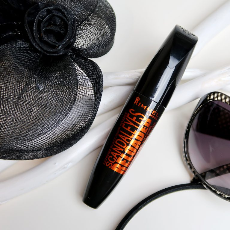Anna-test-Rimmel-Scandaleyes-reloaded-mascara-review-korte-wimpers-yustsome-Promo