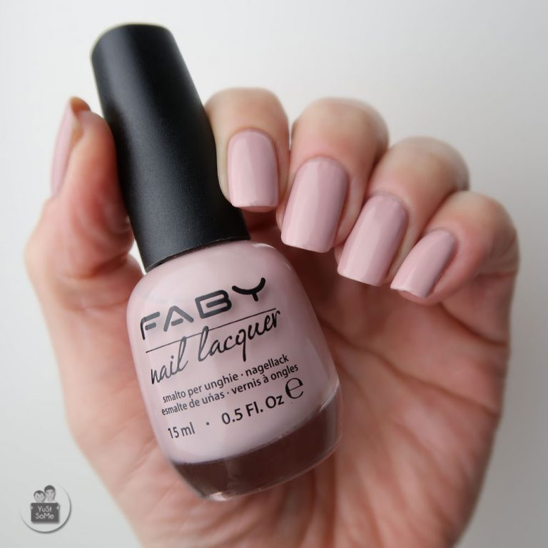 Faby-nailpolish-swatch-nagellak-naturally-nude-nagels-yustsome-3