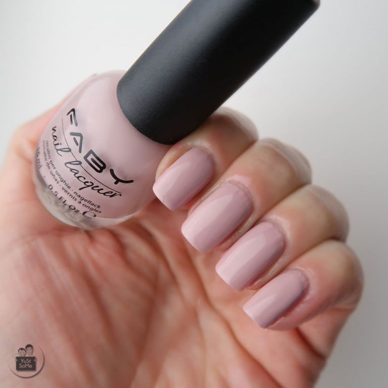 Faby-nailpolish-swatch-nagellak-naturally-nude-nagels-yustsome-4