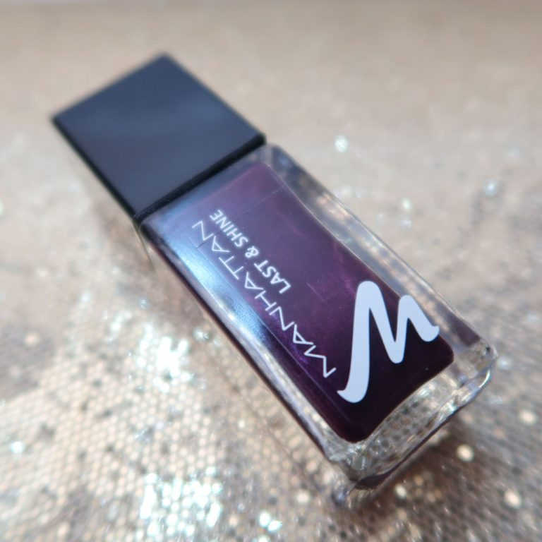 Manhattan-dont-panic-nailpolish-nagellak-nagellak-swatch-yustsome-rot-dunkel-dark-red-1