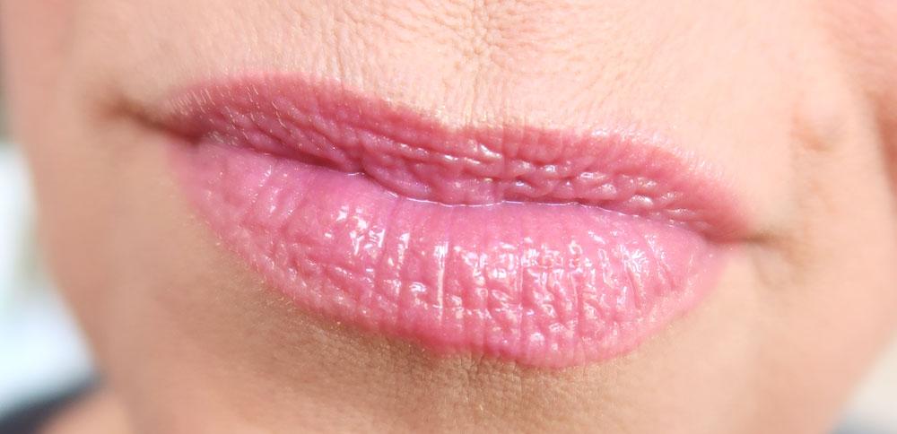NYX-Lipbutter-BLG21-Raspberry-tart-lipgloss-lips-swatched-yustsome-pinkit-promo