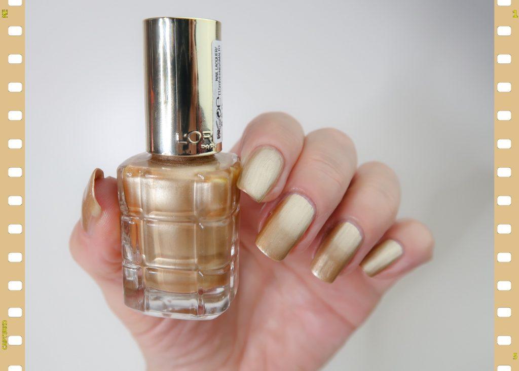 Swatch l'or 660 L'oreal Paris gold nailpolish nagellak yustsome blogger blog beauty