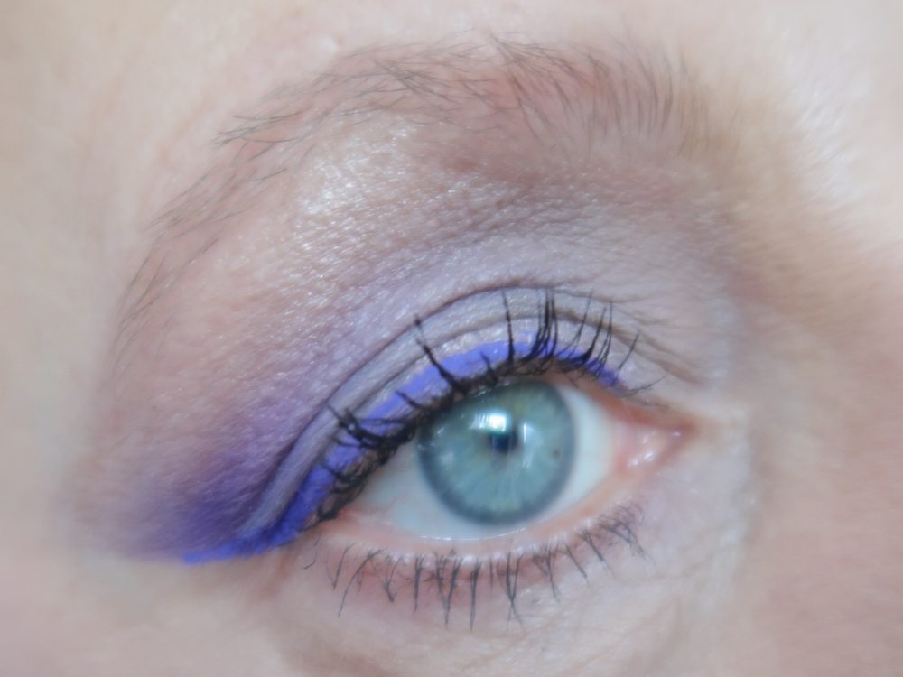 Nyx, vivid, brights, eyeliner, beauty, makeup, douglas, nyxcosmetics, beautyblog, blogpost, blog, yustsome, winged
