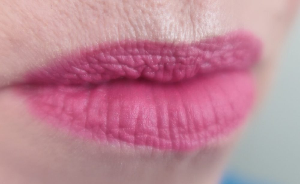 ESSENCE, new, collection, 2018, fall, herfst, makeup, MUA, glow, highlight, lipstick, mascara, eyeshadow, primer, yustsome, blogpost