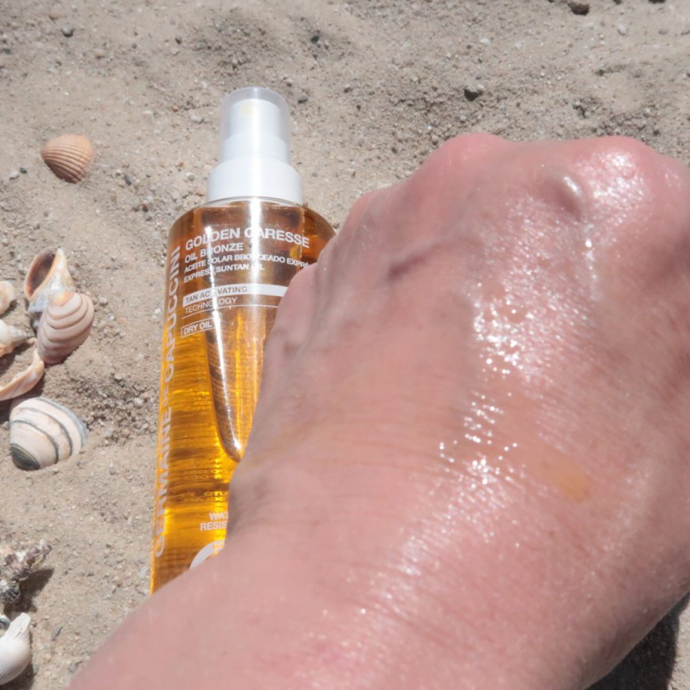 Germaine de capuccini, golden caresse, juju water, anti-age, uva, uvb, zonbescherming, blue active water, oil, bronze, moisturising, review, beauty, huid, bescherming